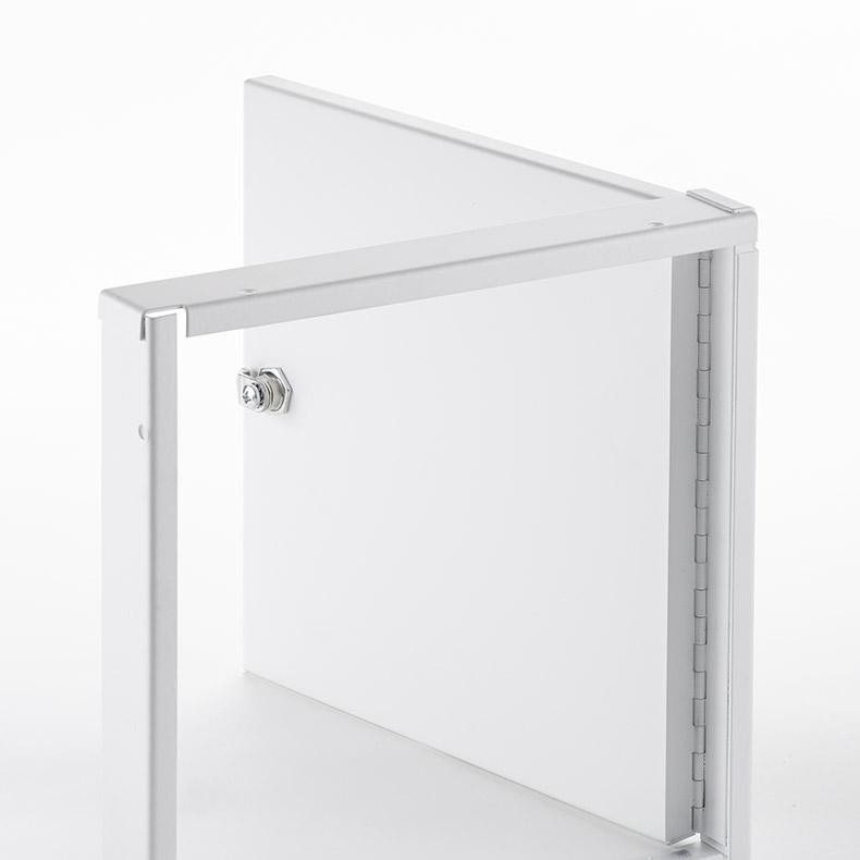 Panneau d'accès avec retrait sans cadre extérieur, barillet à clé, penture piano