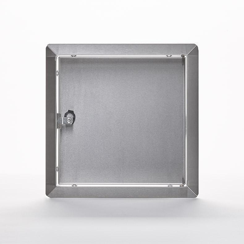 AHD-SS-10- Panneau d'accès à usage universel, en acier inoxydable avec cadre apparent- barillet à clé, penture de type goupille