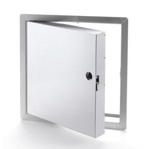 Panneau d'accès isolé, homologué contre le feu en acier inoxydable avec cadre apparent, mortaise à enclenchement automatique, penture piano