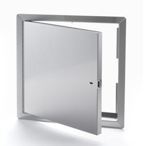 Panneau d'accès non-isolé, homologué contre le feu en acier inoxydable avec cadre apparent, enclenchement automatique avec clé-outil et serrure à anneau incluses, penture piano