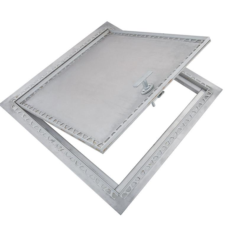 Trappe de plancher avec retrait en aluminium avec cadre apparent, poignée amovible, penture robuste de type piano en aluminium